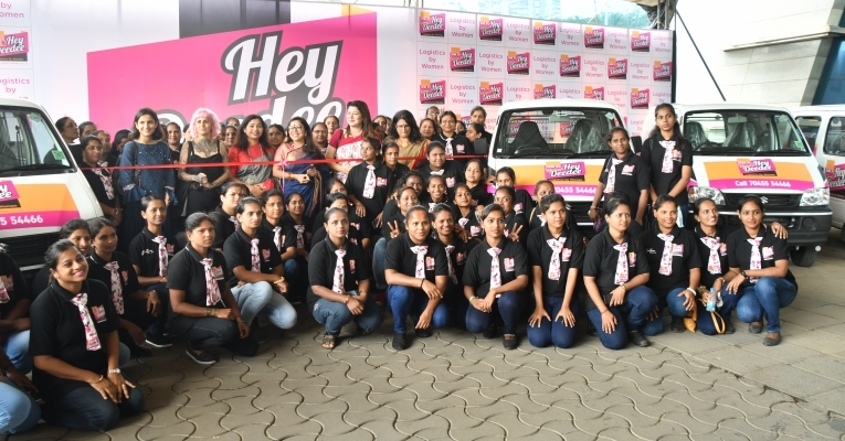 Hey Deedee: Now, girls to deliver parcels at doorsteps in Bhubaneswar